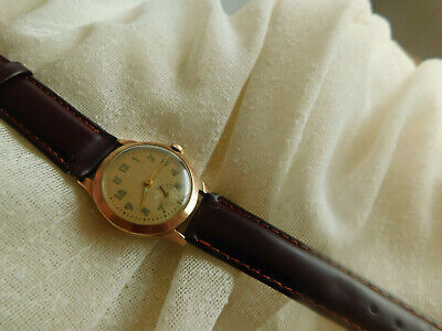 AUTHENTIC MEN/S SOLID 9CT GOLD VINTAGE MILITARY WATCH. 1940s. MINT DIAL AND CASE