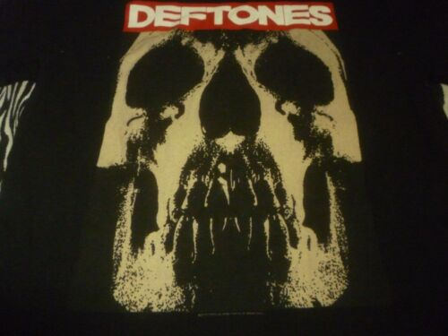 Deftones Shirt ( Used Size L ) Nice Condition!!!