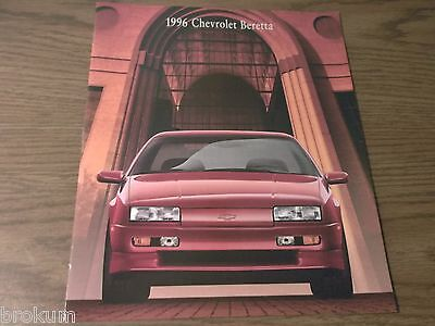 MINT 1996 CHEVROLET CHEVY BERETTA 14 PAGE DEALER SALES BROCHURE (R-96 /O
