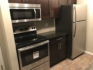 NEW 2BR (+DEN) 2BATH CONDO w/ In-Suite Laundry + UG
