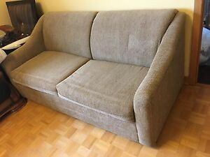 Pull Out Loveseat double bed couch sofa great condition $75