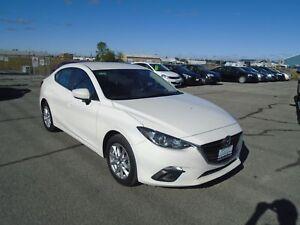 """2015 Mazda Mazda3 GS """"NAPANEE LOCATION"""" WWW.PAULETTEAUTO.COM..."""