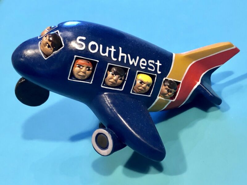 SOUTHWEST AIRLINES HAND PAINTED CERAMIC PLANE