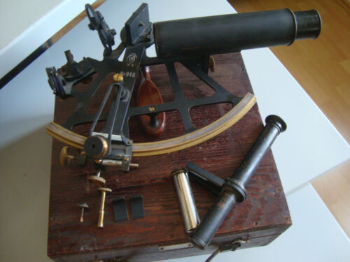 VERY RARE SOVIET RUSSIAN NAVY MARINE BRONZE SEXTANT N.948 made in 1935(two tube
