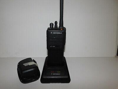 Motorola Ht1000 Vhf 16 Channel 136-174mhz Dn Model 2.5khz Portable Radio Pd Fd