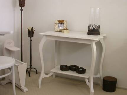 ANTIQUE SHABBY CHIC HALL TABLE Hollywell Gold Coast North Preview