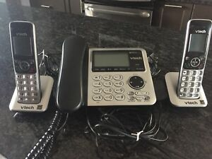 VTech 3 Handset Cordless Phones with Digital Answering System