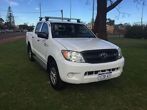 2006 TOYOTA HILUX 4X4 ( 1 YEAR WARRANTY) Leederville Vincent Area Preview