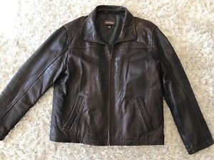 Beautiful Brown Men's Danier Leather Coat. Large.
