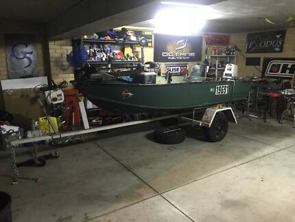 3.7m (12ft Tinny) with 2 motors, fishing platform and trailer