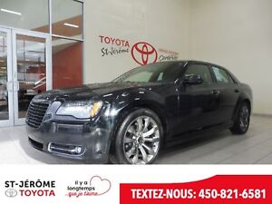 2014 Chrysler 300 * S * CUIR * TOIT PANO * GPS * MAGS *