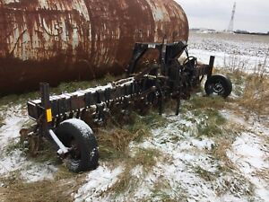 15ft Yetter Coulter Cart