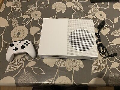 Xbox One S Games Console 1TB Complete With One Controller (1708) In White
