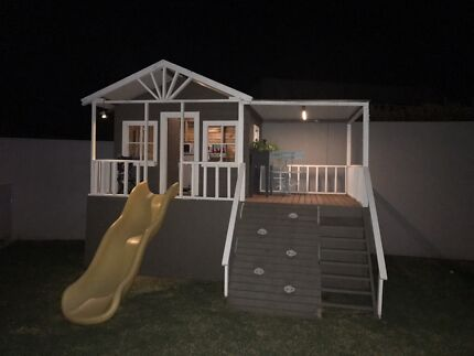 Amasing cubby house