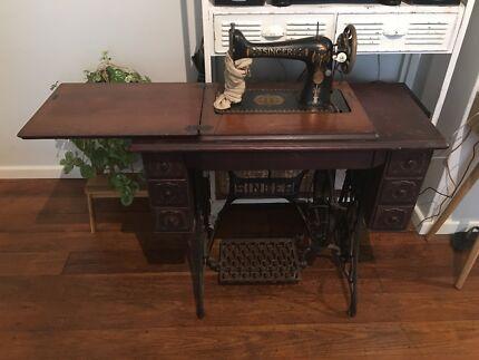Antique Vintage Singer Sewing Machine Cabinet Table - Singer Sewing Machine Cabinet Gumtree Australia Free Local