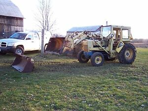 Ford 3500 Gas Utility Tractor
