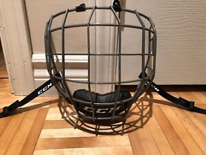 Grille de hockey  CCM 680 SR medium