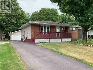 124 Chartwell DR Sault Ste. Marie, Ontario