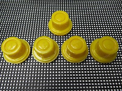 5 Yellow Spout Caps New Blitz Replacements Fuel Gas Fits 900302 900092 900094