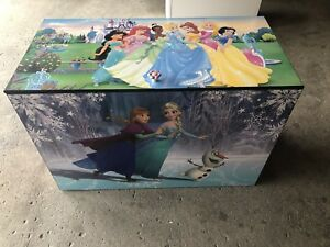 Selling a wooden box