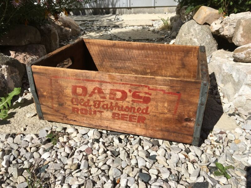 Vintage Wooden Soda Crate Dad's Old Fashioned Root Beer Chicago Illinois?