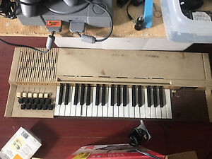 Bomtempi  Keyboard Piano for Parts