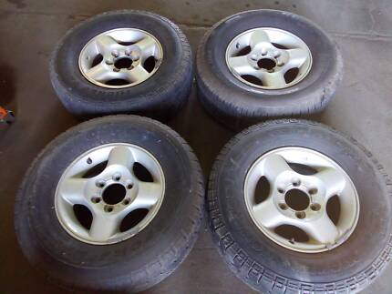 Clearance: 16in Factory Alloy Wheels 4pcs for Nissan Navara D22 Port Adelaide Port Adelaide Area Preview