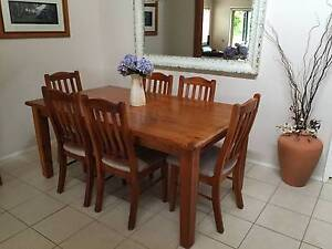 Dining Table & Chairs Berowra Heights Hornsby Area Preview