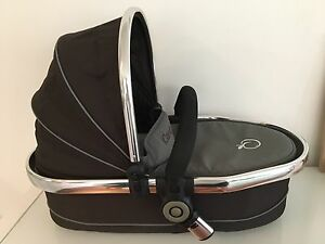 iCandy Peach 2 Twin Bassinet/Carrycot - Perfect condition Moonee Ponds Moonee Valley Preview