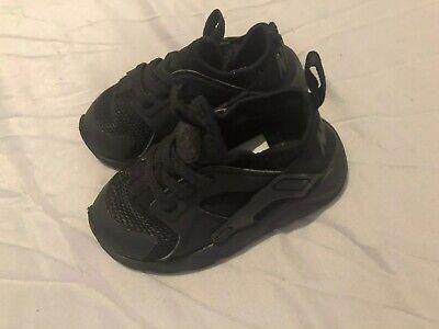 Infant Nike Huarache Trainers Size 6.5, EU 23.5