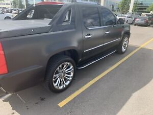 Classy one of a kind 2007 Cadillac Escalade EXT
