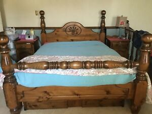 4 poster queen size bed
