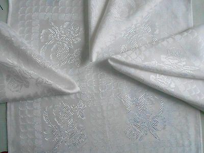 Set of 4 white sheen Christmas party table napkins floral square