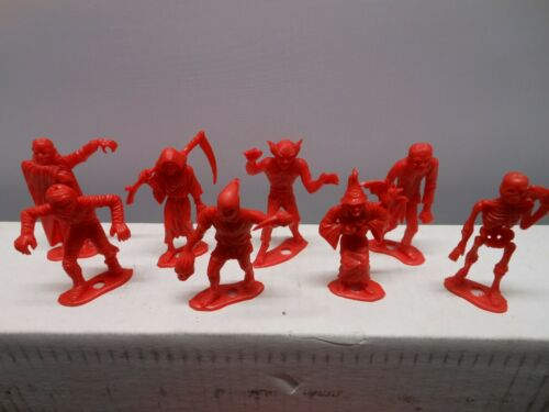 Vintage MPC Monster Checkers Full Set 16 Figures 24 Checkers
