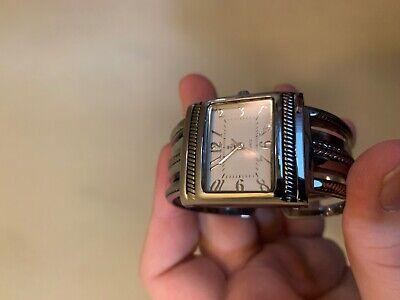 Women Quartz Wrist Watch Dress Watch Silver