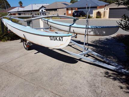 Surfcat - Hobie 14ft with licensed trailer