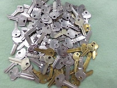 Mixed Lot Of 128 Ilco Sargent Ford Taylor Uncut Blank Keys Locksmith