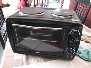 Electric oven with hotplates  ( AS NEW ) Kondut Wongan-Ballidu Area Preview