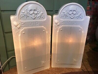 Blow Mold Halloween Gravestone Tombstone Skull Bats Spiders Don Featherstone - Gravestone Halloween Decorations