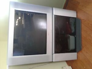Sony 32 inch TV with stand