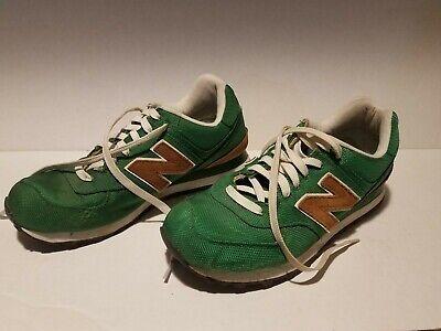 NEW BALANCE Mens Running Shoe Size 9.5 ML574BPG Backpack Green - Brown Suede  ()