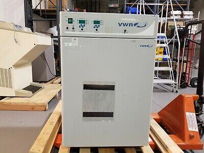 Vwr 2400 Water Jacket Co2 Incubator