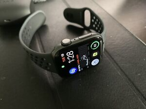 Apple Watch 4 Nike plus edition 44mm GPS only