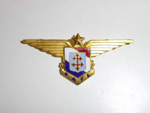 b2389 WW 2 Free French Breast badge FAFL each numbered IR3A116