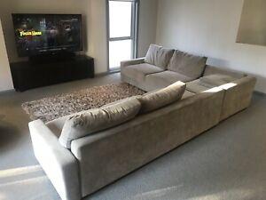 King furniture Concerto Sofa