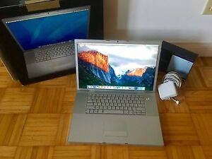 "17-Inch Apple MacBook Pro ""Core 2 Duo"" 2.4 avec Suite Adobe"