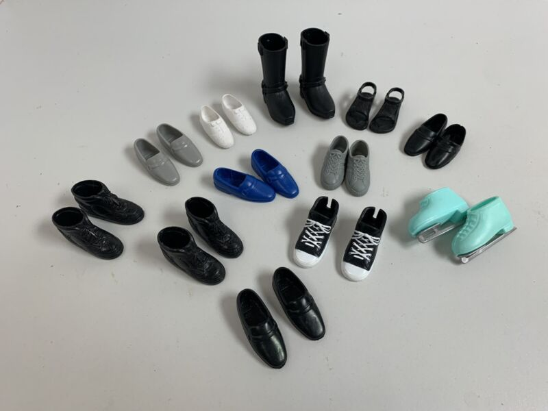 "Barbie Ken shoes 12 pairs for 12"" doll. (men's Shoes)"