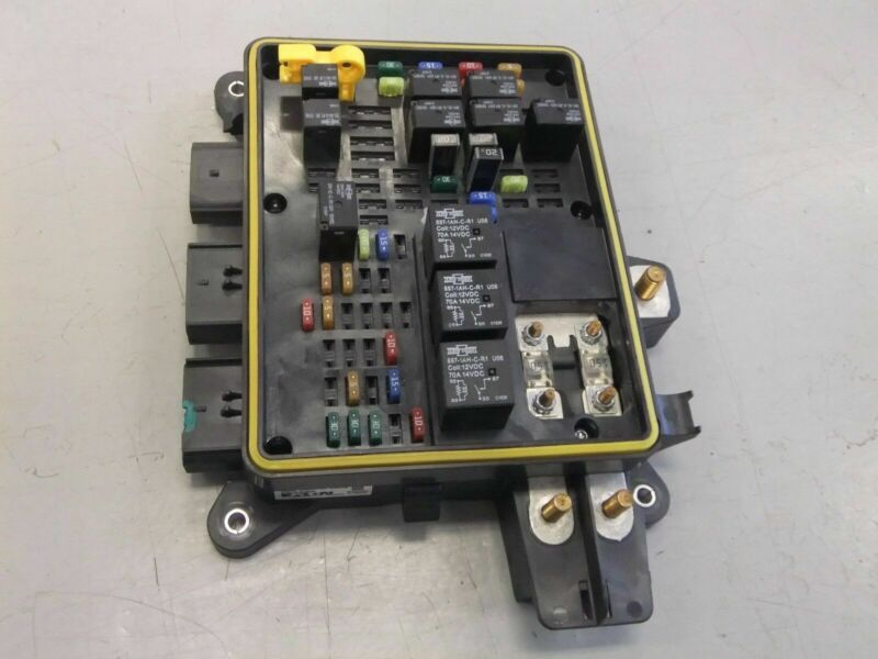 Freightliner Power Distribution Module/Fuse Panel by Eaton - P/N  A66-05172-001