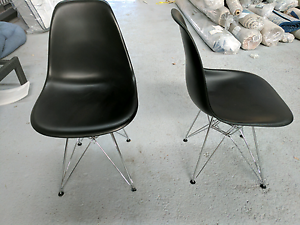 "Factory Second ""Eames"" Replica Dining Chairs - 12 Black available Epping Whittlesea Area Preview"