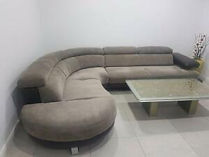 LARGE LIGHT GREY COUCH Cabramatta West Fairfield Area Preview